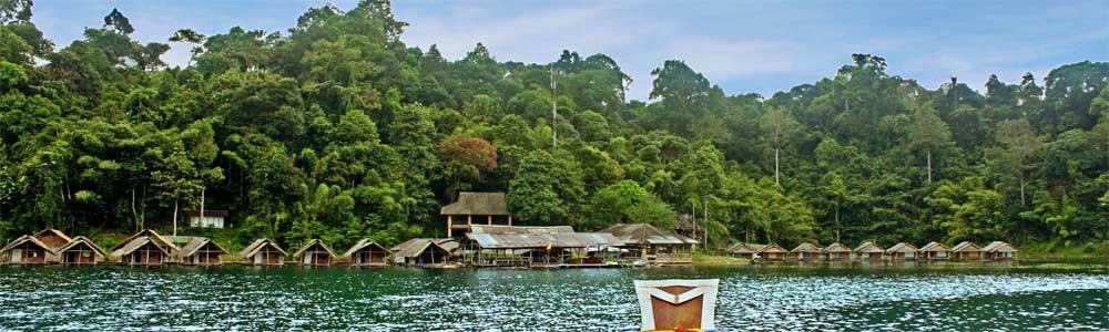 arriving at Krai Son Rafthouse