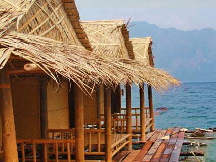 Nang Prai rafthouse